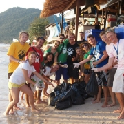 sariee beach clean up